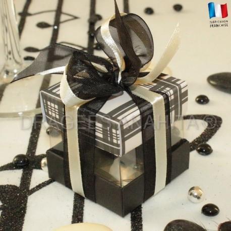 Cube à dragées écossais noir