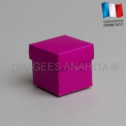 Cube uni à dragées fuchsia