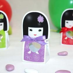 Contenant à dragées kokeshi lilas