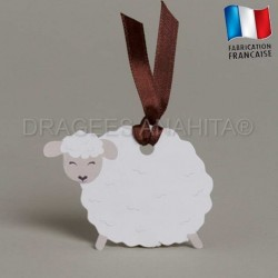 Etiquette à dragées en forme de mouton