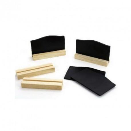 4 marques place ardoise avec des socles en bois naturel. Très élégants.
