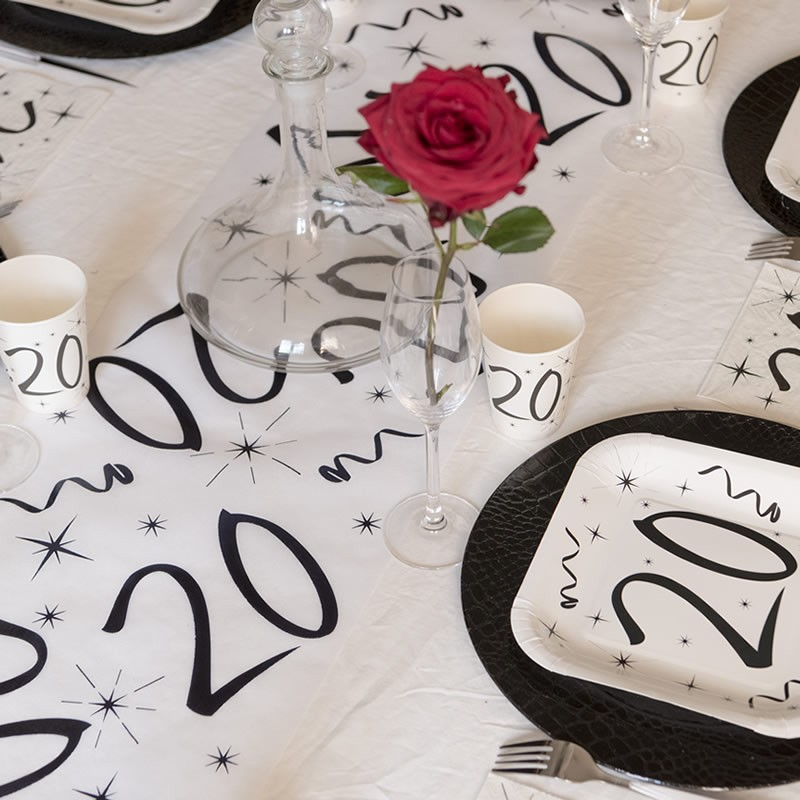 Chemin de table anniversaire 20 ans festif drag es anahita - Decoration table anniversaire 20 ans ...