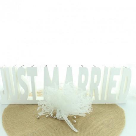 10 tulles en dentelle blanche pour épater vos convives à leur arrivée dans la salle de réception.