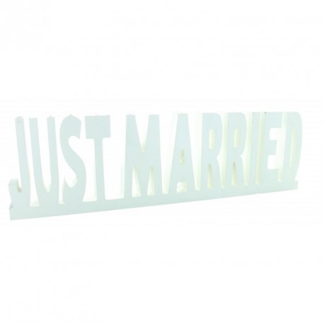 Just Married Blanc pour apporter une touche originale à la table des mariés.