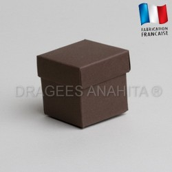 Cube uni à dragées chocolat