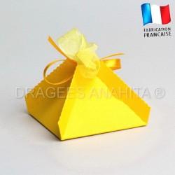 Boite dragées pyramide jaune